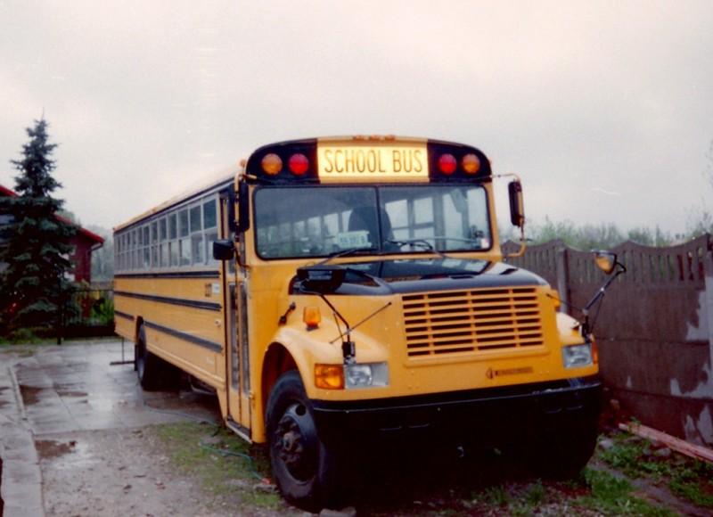 Schoolbus0srcset-large